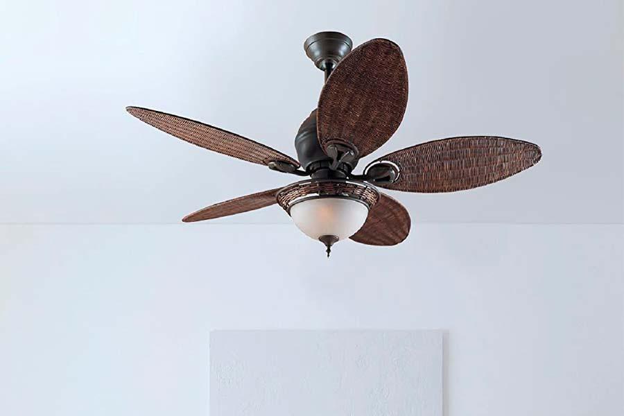 Ventilador Colonial Ultrapotente y Silencioso con Luz